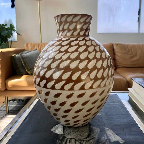 Vintage Peruvian Chulucanas Brown White Teardrop Raindrop Etsy Pottery Art Pottery Vase Handmade Art
