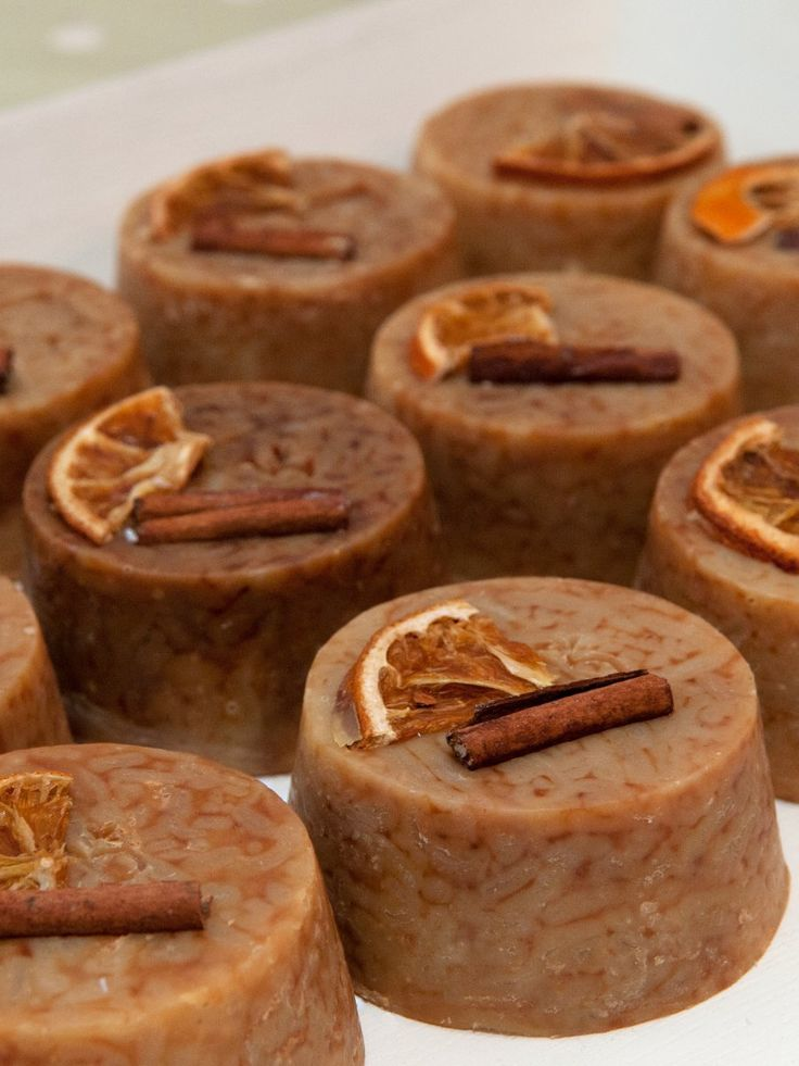 Jabones navideños de naranja y canela hechos a mano y 100% naturales   -   Orange & Cinnamon Christmas Soaps by Chilly b - 100% natural, handmade ...