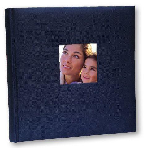 Album portafoto con copertina in cotone 24 x 24 cm (con veline) / 20 fogli. Ordinando 2 pezzi avrai in omaggio una Photo globe star. www.fotomatica.it | info@fotomatica.it