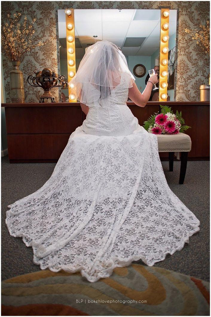 Herons wedding dress