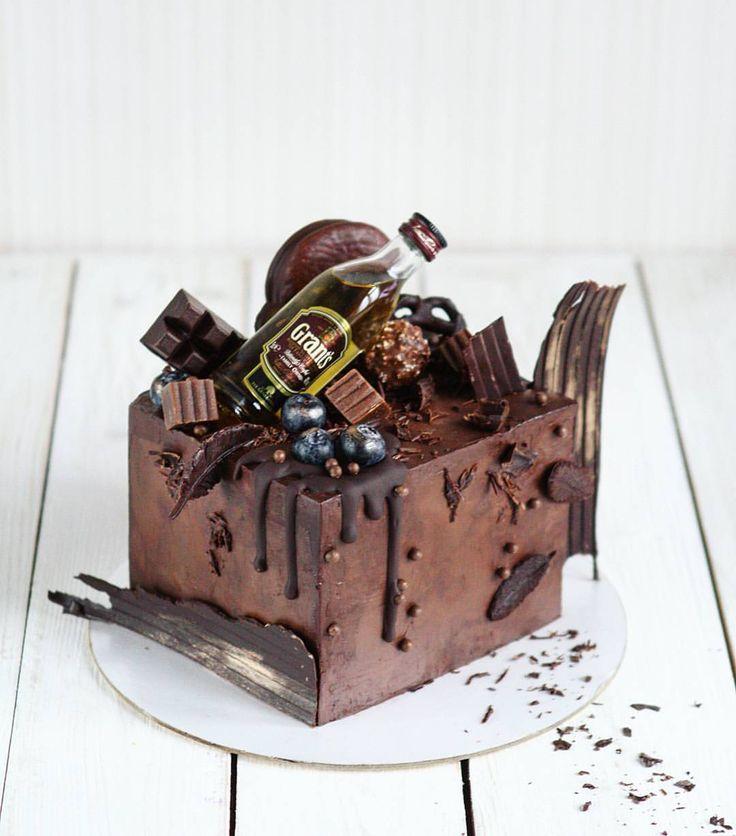 1,498 отметок «Нравится», 41 комментариев — делаю сладко (@le_eklera) в Instagram: «психанула и выровняла ганашем почти идеальные углы  торт для шефа по заказу Марины  2 кг…»