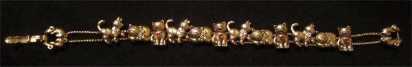 Beautiful Vintage Avon Cat & Mouse Rhinestone Charm Slider Bracelet #avon #catmouse #charmbracelet