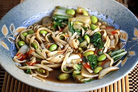 Pho Chay – Vegetarian Vietnamese Noodle Soup (from Healthy Green ...