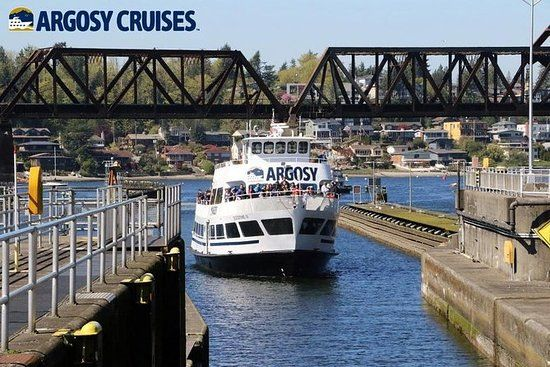 Seattle Locks Cruise Round Trip Boat Bus Package Day