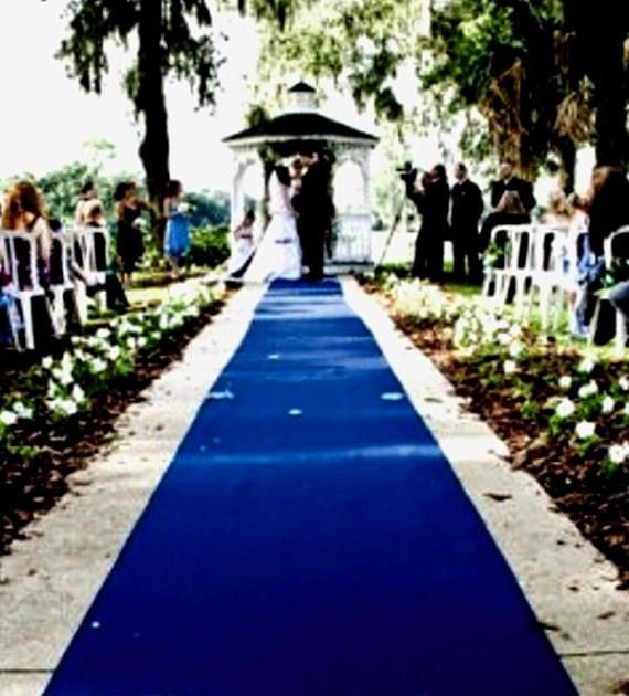 Royal Blue Aisle Event Runner 100 Ft L X 38 In W Puncture