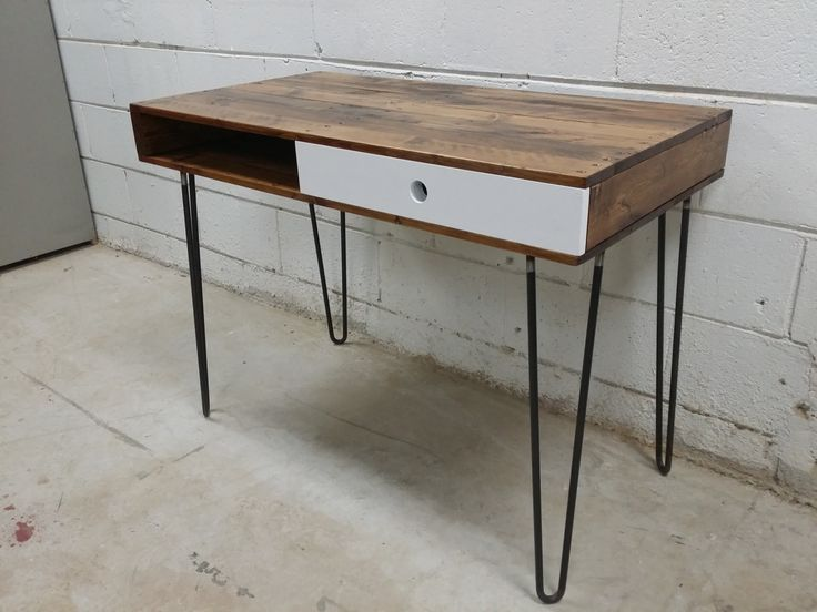 Reclaimed Pallet Wood Desk by Son of a Woodcutter from Sonder Mill #Canadian