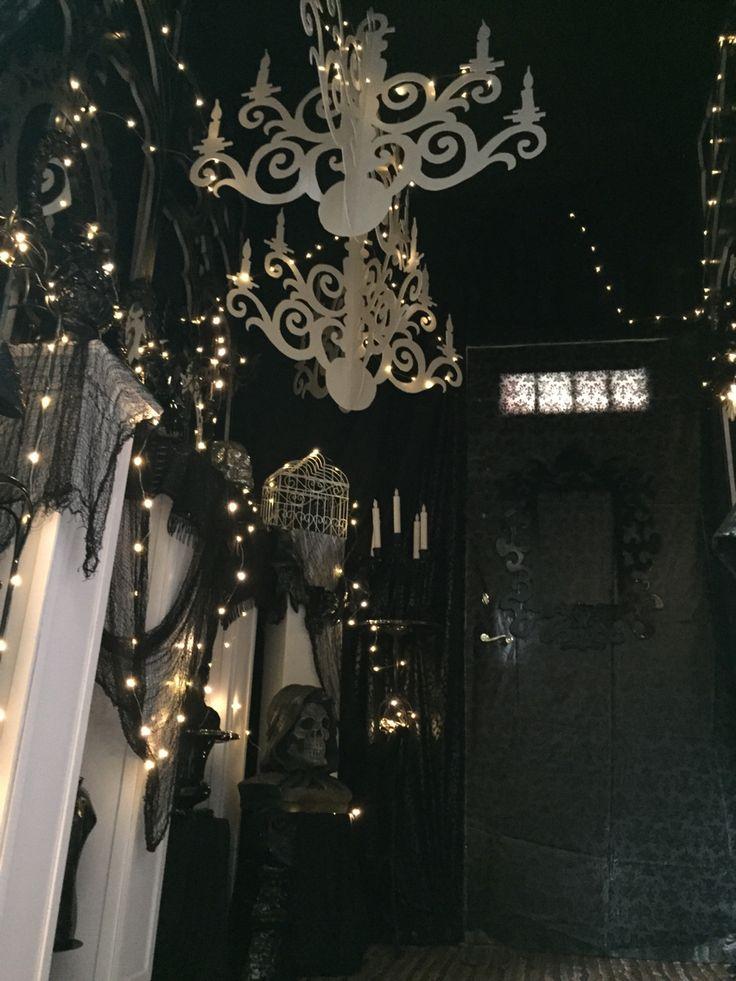 85 best images about halloween 2015 on pinterest vinyls for Ambiance boudoir decoration