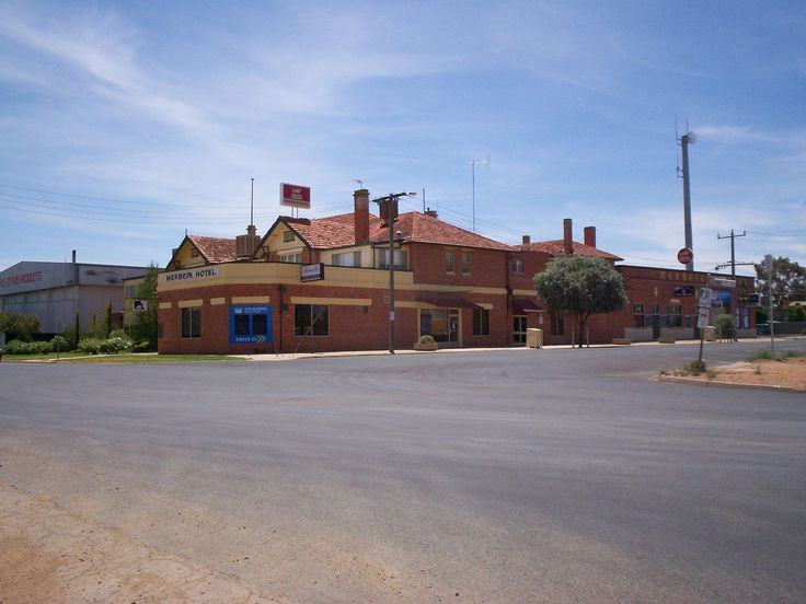 Dave and Samantha Hendersdon welcome you to the historic Merbein Hotel in the heart of the Sunraysia district of the Murray Riverland where they offer guests comfortable rooms, cold beer and hearty meals. A classic style pub with a main bar, drive thru bottle shop, guest lounge, bistro and a great outdoor entertaining area. The …