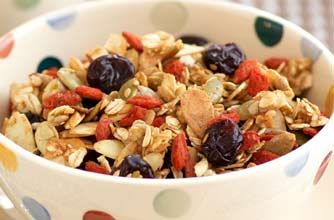 Harry Eastwood's honey and almond muesli recipe - goodtoknow