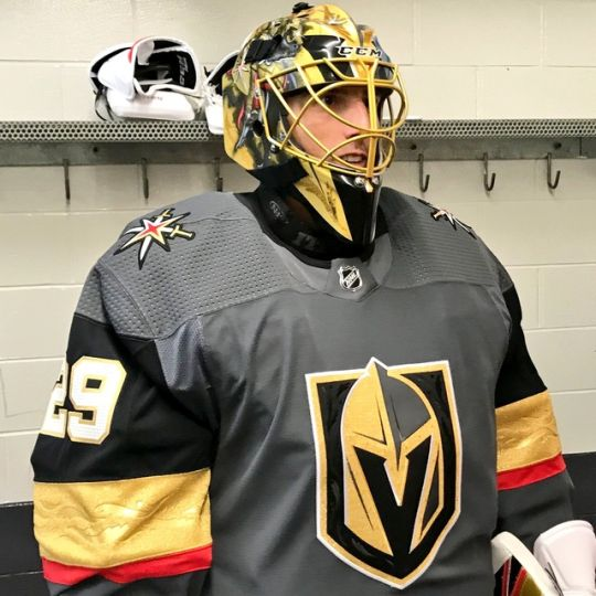 Flower in Knights gear... guess we have to accept that.