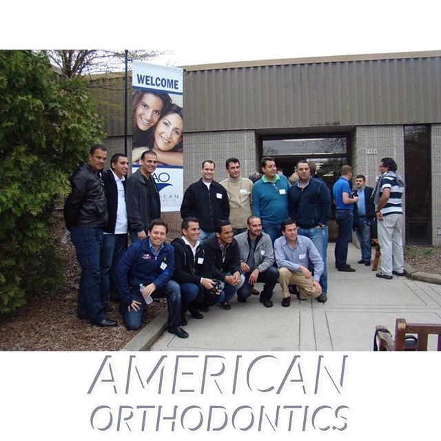 Con varios colegas ortodoncistas en la sede corporativa de American Orthodontics gratos recuerdos por gentileza de la Sra. Luz Marina Sánchez @lmsc1968  #remembering  #americanorthodontics #headquarters #colegas #ortodoncista #orthodontist #throwbackthursday #tbt