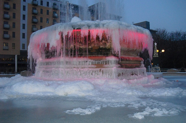 Frozen Fountain - Queen's Gardens Hull by rayduffable, via Flickr
