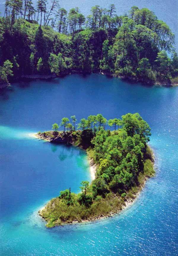National Park Lagunas de Montebello -Chiapas, México