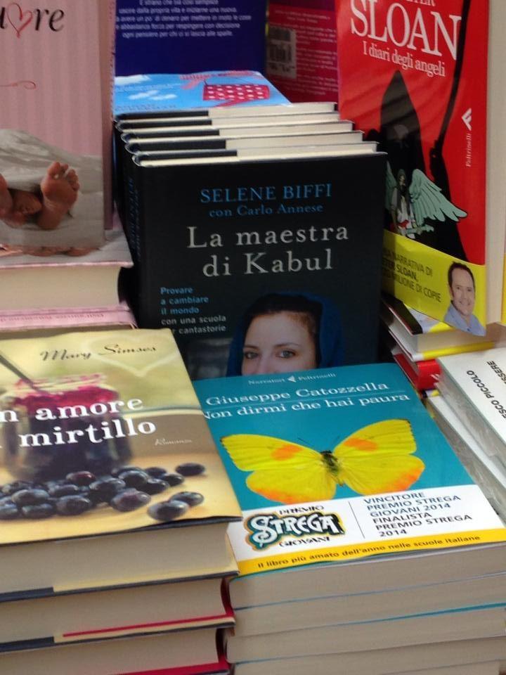 Il giornalista Sauro Legramandi ci informa che a Massa Carrara vi aspettano numerose copie del nostro libro, pronte per essere lette!