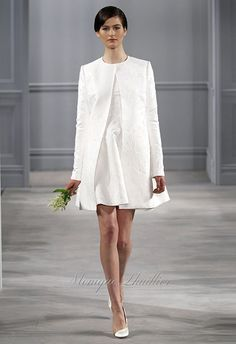 dfe3f2a55322 Abiti da sposa in tailleur