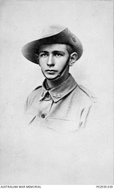 P02939.039 | Australian War Memorial Arthur Hall