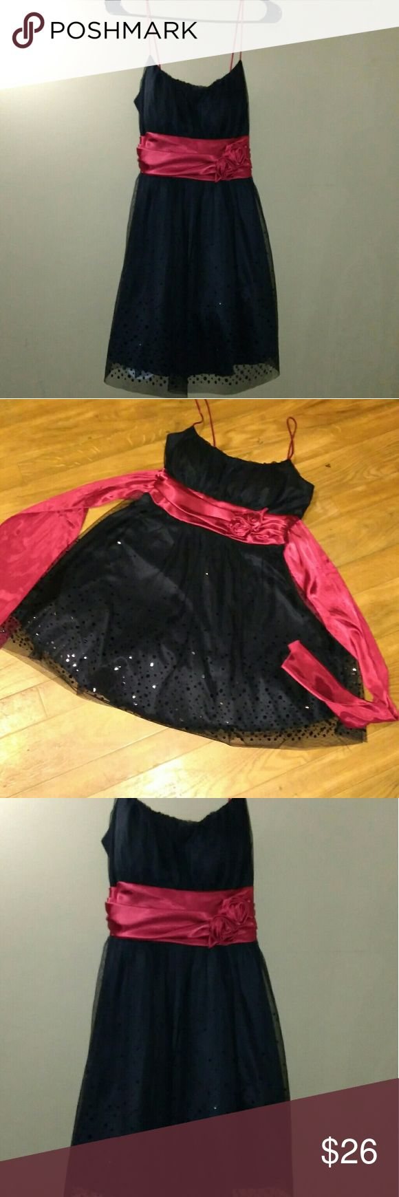 B smart black dress dance