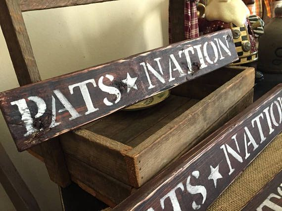 New England Patriots Home Decor.New England Patriots Rustic Shabby Distressed Pats Nation