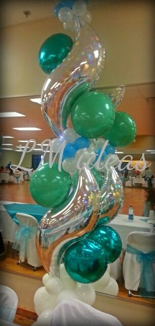 Air filled foil column. Turquoise & mint