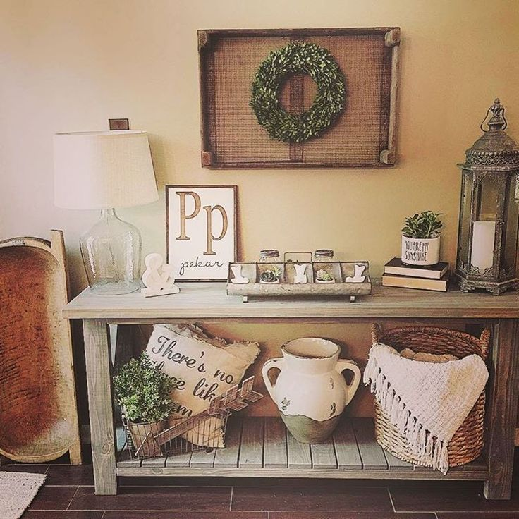 loving how styled console table and wall all work together. Our Tulip Crate and Wreath fit right in! Thanks for sharing. #decoratingideas #homedecor