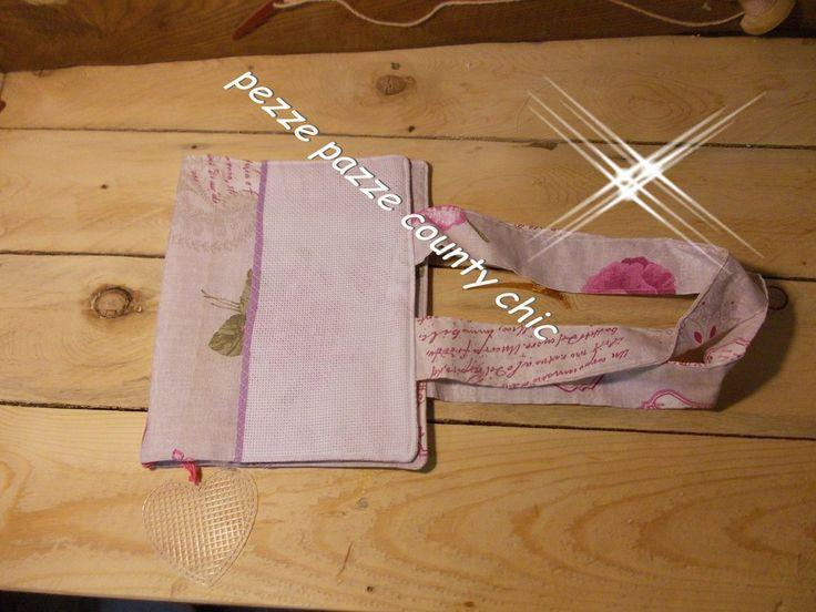 PORTA LIBRO VINTAGE, by pezze pazze, 11,00 € su misshobby.com