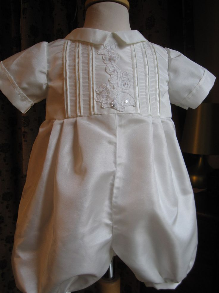 Antique Style Christening Gowns   Baptism Outfits for Boys