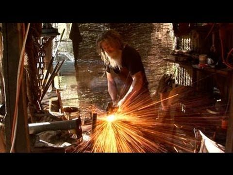 Tasmanian Brand Champion: John Hounslow-Robinson, Damascus Steel Knife Maker - YouTube