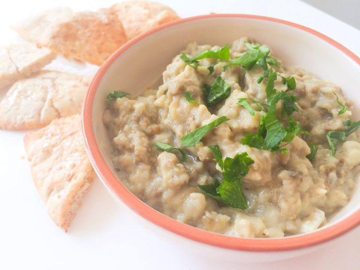 Caviar d'aubergines: Baba Ganoush met pita chips