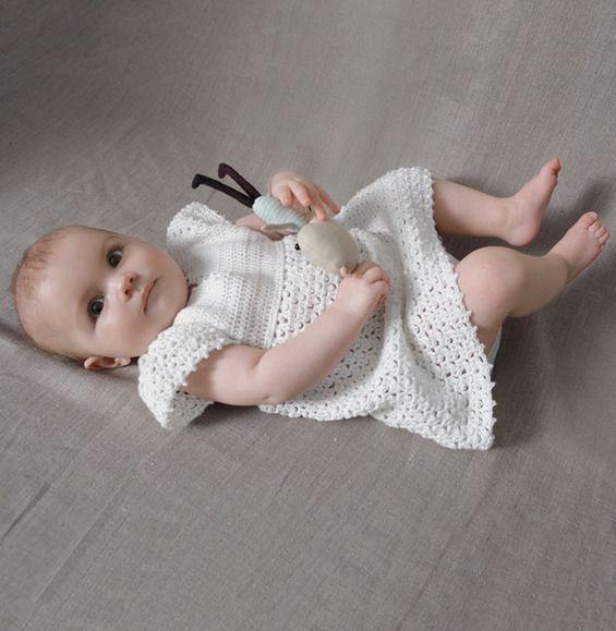 Modèle robe au crochet bébé - Modèles Layette - Phildar