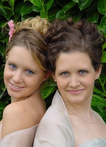 bridesmaid updos