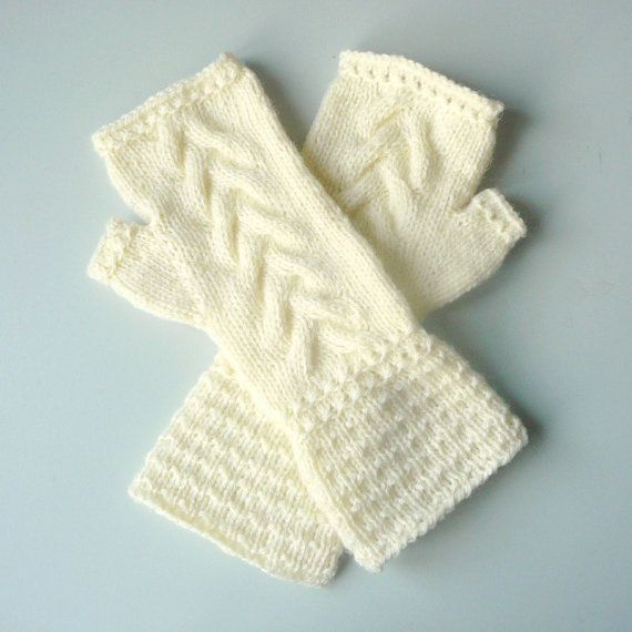 Knitting PATTERN FINGERLESS GLOVES