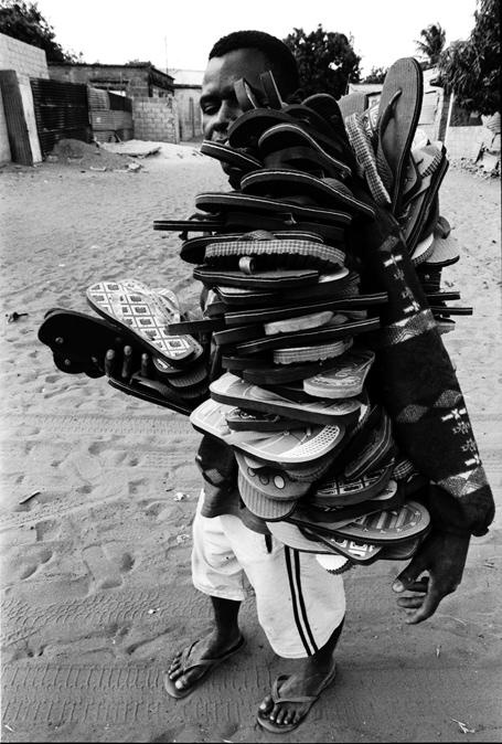 Chinelos de Mauro Pinto, Mozambique