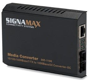 10/100/1000Base-T/TX to 1000Base-FX, MM/SC Switching Media Converters, 220m(62.5µm) / 550m(50µm) Distance