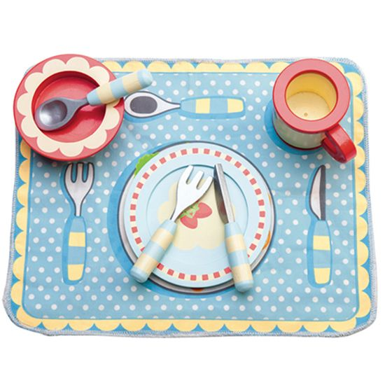 Dinner Set | Le Toy Van | Shop online at DirectToys NZ