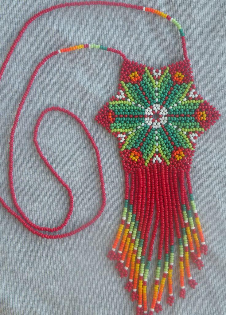 Técnica peyote de los Huichol (Méjico)