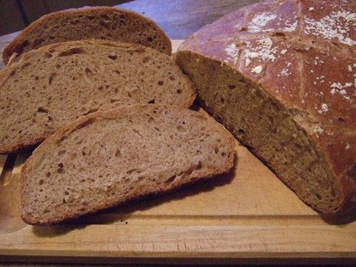 La recette la plus simple pour réaliser un pain complet avec une machine à pain. Qui n'a jamais rêvé de savourer du pain frais le matin ? Avec une machine à pain sous la main, vous allez pouvoir réaliser votre propre pain complet fait maison. Nous vous livrons dans cet article, la bonne recette pour... Read More