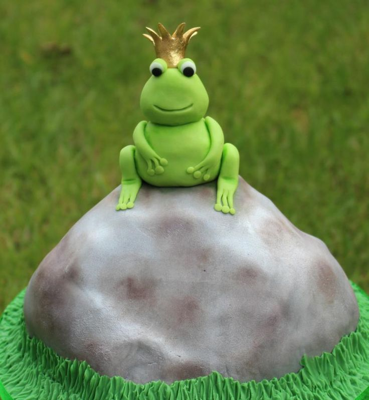 Frog Prince for Fairytale Forest - Cake by Marie's Bakehouse