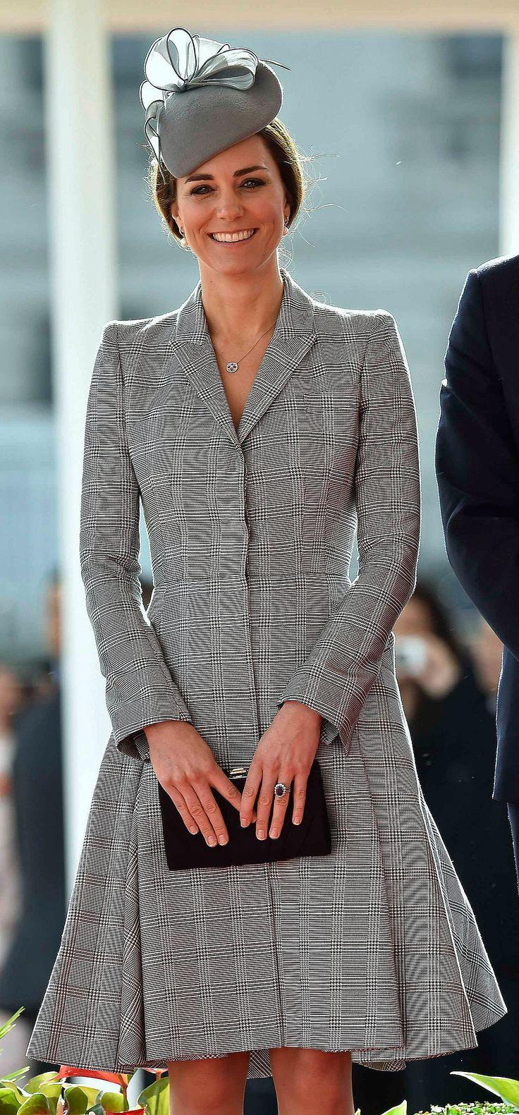 Pregnant Kate Middleton in Alexander McQueen