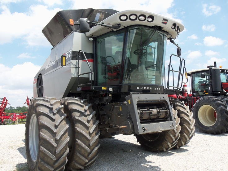 Gleaner E Combine : Best images about silver seeders on pinterest models