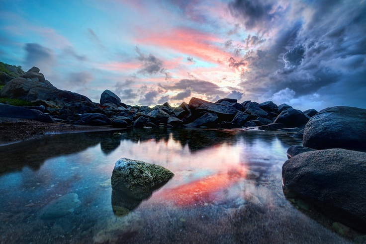 The Edge of Virgin Gorda from #treyratcliff at www.StuckInCustom.com - all images Creative Commons Noncommercial.