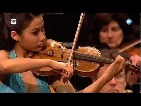 Sibelius Violin Concerto in D minor featuring Sarah Chang. That is one treacherous staircase.