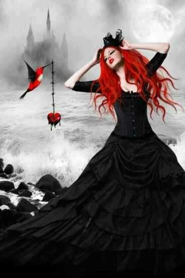 The Stolen Heart #gothic #fashion #images