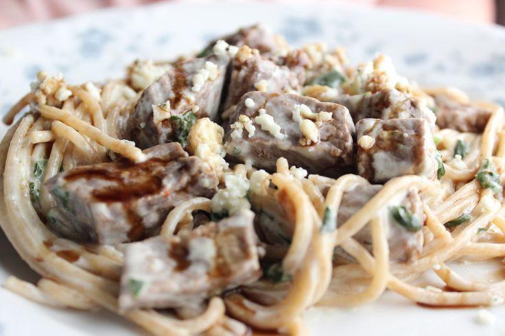Steak Gorgonzola Alfredo - Olive Garden's Copycat Recipe