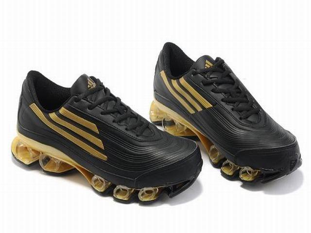 Adidas Titan Bounce UK V3 Running Shoes Leather Mens Gold Black .