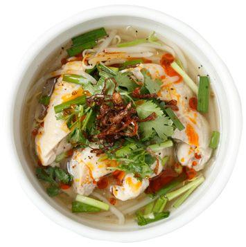 ゆで鶏もも肉のエスニックスープの作り方・レシピ | 暮らし上手