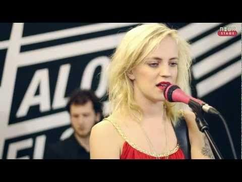 Haloo Helsinki! - Kuu Saa Valtansa Auringolta (The Moon Gets Its Power From The Sun) (Mokoma cover) - YouTube