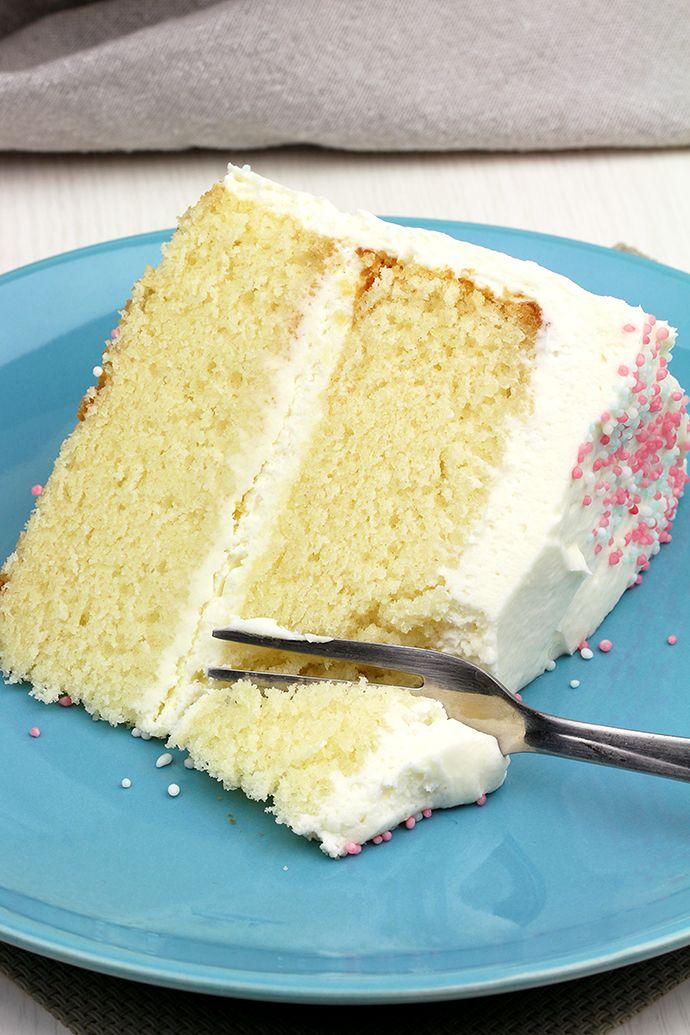 Vanilla Cake With Whipped Cream Cheese Frosting Sweet Spicy Kitchen Whipped Cream Cheese Frosting Cream Puff Dessert Easy Vanilla Cake