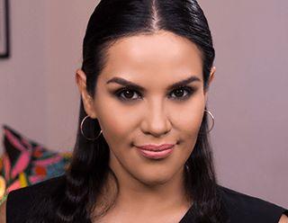 Nos juntamos con Mytzi Cervantes blogger mexicana para inspirar a las mujeres a revelar su belleza única a través de diferentes tutoriales de maquillaje que complementan su estilo propio. Descubre los tutoriales de Belleza a tu medida en: www.lbel.com/tutoriales-de-belleza
