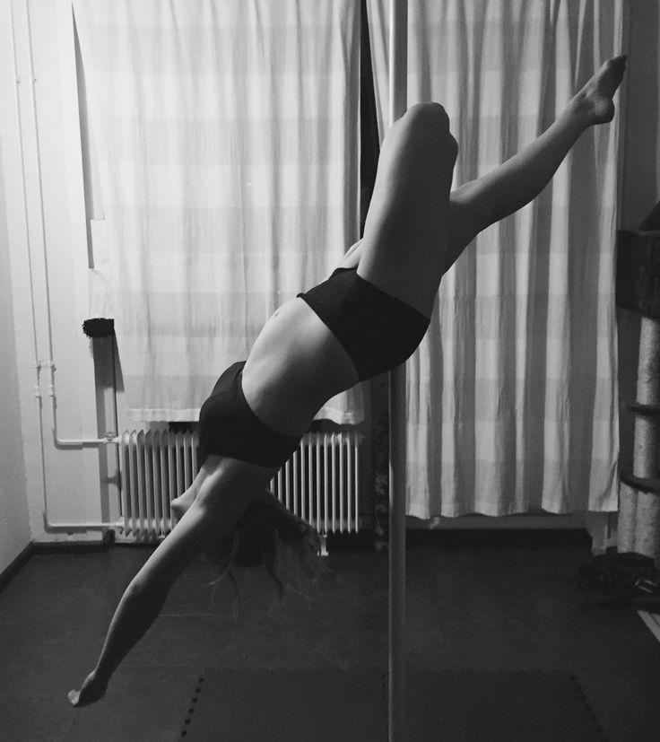 Pole hangover knee