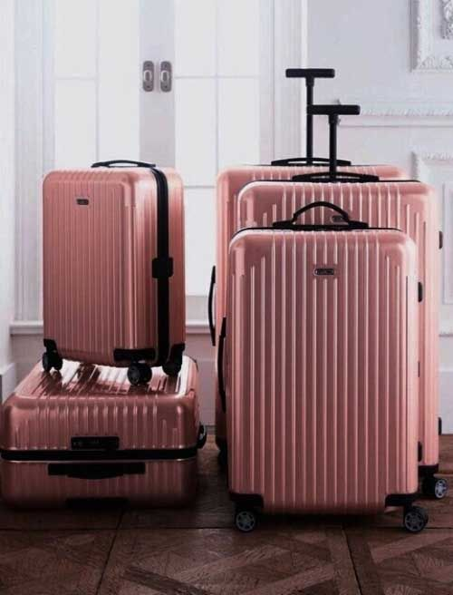 blush-traveling-luggage- Chic traveling luggage http://www.justtrendygirls.com/chic-traveling-luggage/
